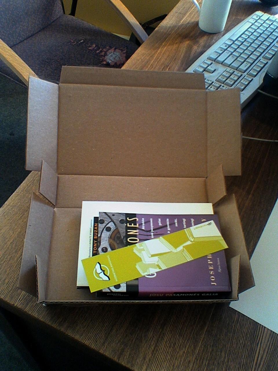 Štai ką radau vos pravėręs paketą.